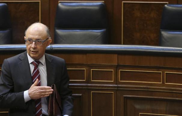 El Gobierno anuncia una bajada de impuestos para reactivar la economía