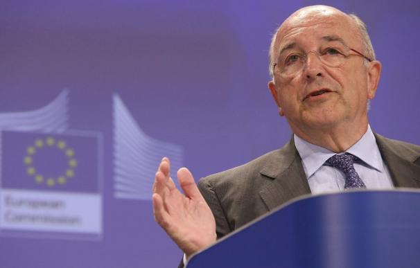 Almunia cree que queda mucho por hacer en España y la ve poco presente en la UE