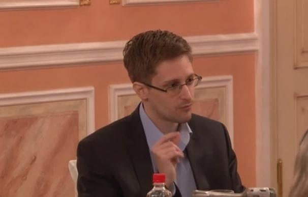 Snowden empezará a trabajar en noviembre en una importante web rusa