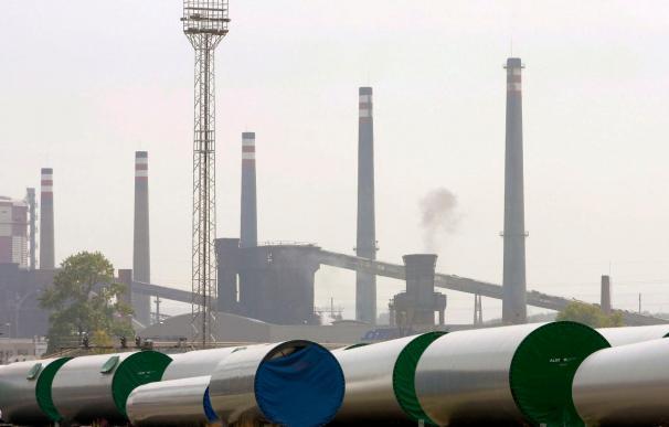Preacuerdo para cerrar ArcelorMittal y trasladar la plantilla a otras factorías