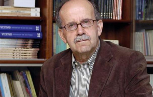 La lectura no está reñida con las pantallas, dice Agustín Fernández Paz