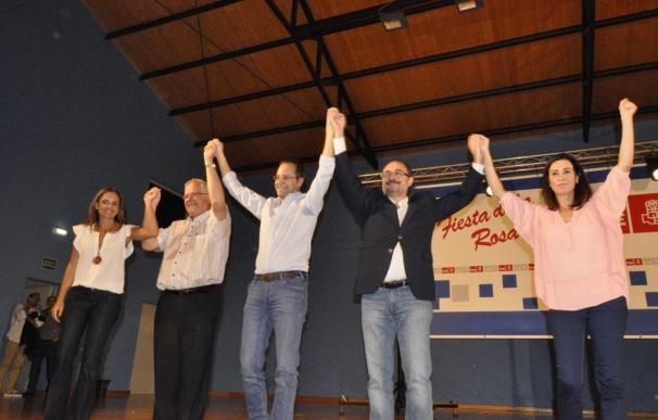 """Luena (PSOE) dice que es """"ilegal"""" y anima a reformar la Constitución para """"consolidarla"""""""