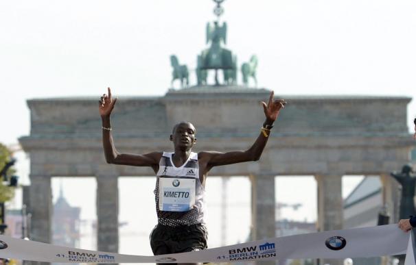 Dennis Kimetto rompe en Berlín el récord mundial de maratón