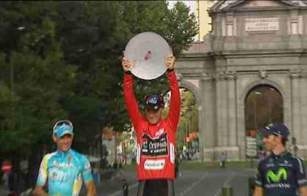Horner, se convierte en Madrid en el corredor más veterano que gana una gran vuelta