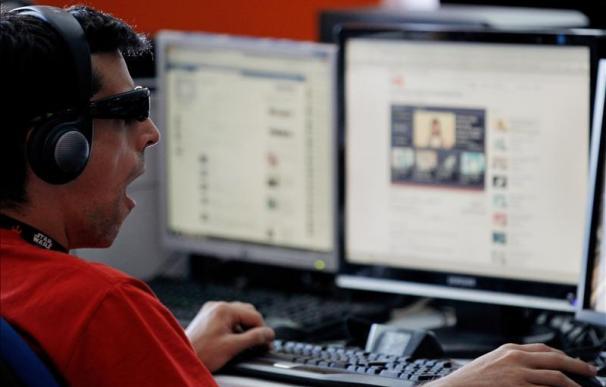 Facebook, blanco preferido de los ciberdelincuentes este verano, según ESET