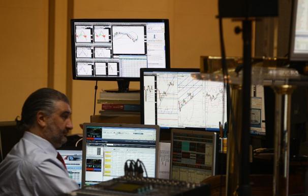 El Ibex se deja un 0,42% en la apertura hasta los 8.500 enteros