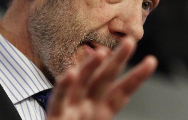 Rubalcaba cree que hay que escuchar atentamente lo que dice el Lehendakari para acabar con ETA