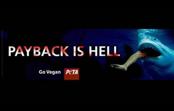 Un tiburón comiéndose a un bañista en la última campaña de PETA