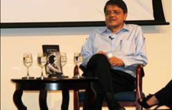 Sergio Ramírez, galardonado con el premio José Donoso 2011