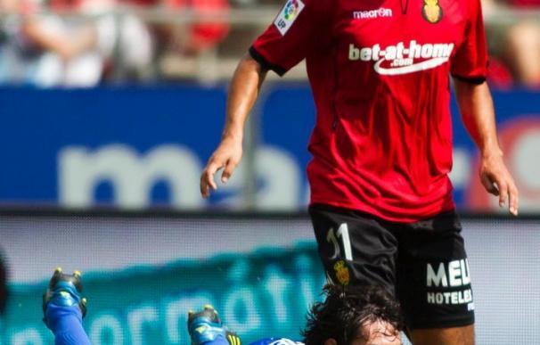 2-1. El Mallorca se alía con los palos para acabar con su crisis ante la Real Sociedad
