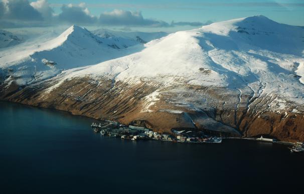 La población de Akutan (Alaska).