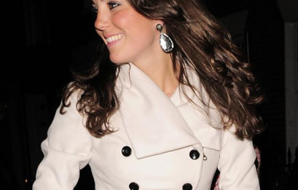 Alice Temperley, feliz por vestir a la duquesa Catalina