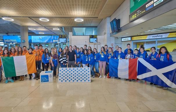 Más de 200 estudiantes de Tenerife se benefician de las becas de inmersión lingüística del Cabildo