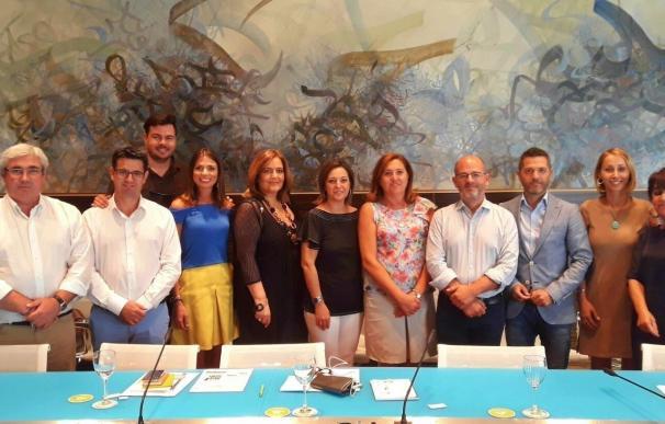 La alcaldesa de córdoba preside la Comisión de Turismo de las Ciudades Patrimonio de la Humanidad de España