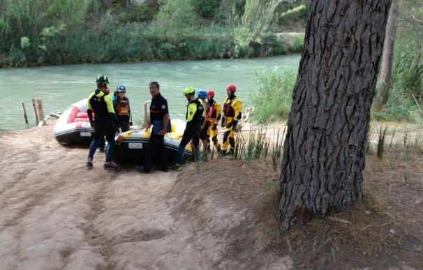 Sigue desaparecido el niño de 11 años perdido mientras bajaba en colchoneta el río Cabriel