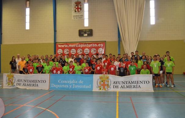 """El fútbol femenino, Open de Badminton y certamen de Pesca de la feria se celebran con """"gran participación"""""""