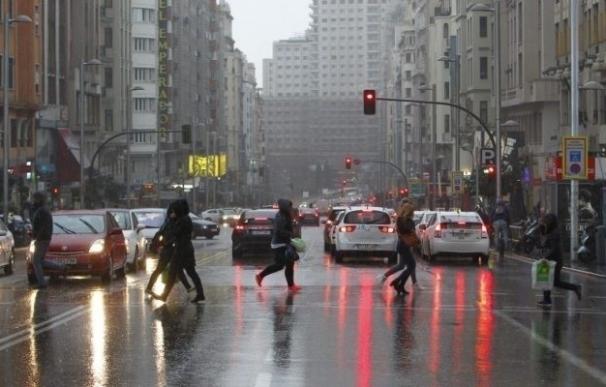 """Las lluvias de estos días """"no solucionan el déficit de los embalses"""", según experto"""