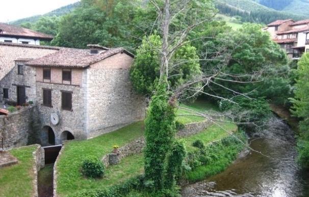 Cantabria crece un 12,8% en viajeros y un 9,38% en pernoctaciones hasta julio