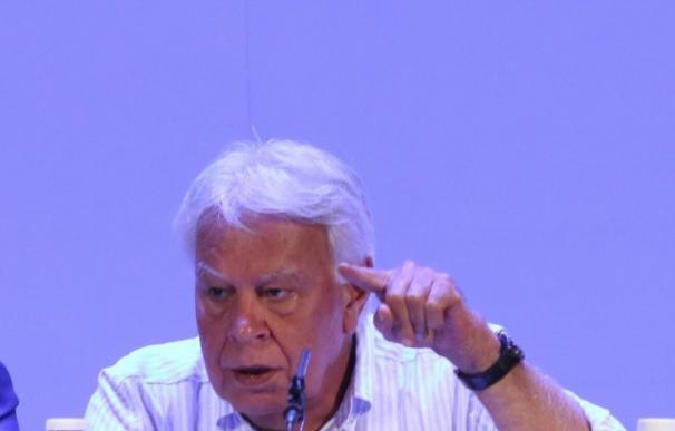 Felipe González recibirá el Premio a la Democracia de la Ciudad de Atenas y se reunirá con Alexis Tsipras