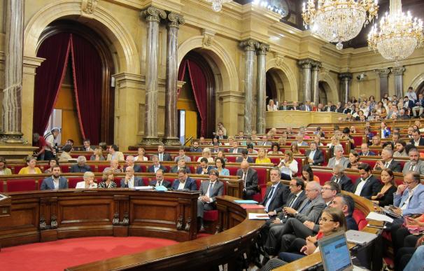 Nueva polémica entre Forcadell y oposición por las enmiendas a la ley del referéndum