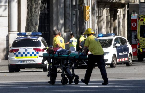 Atropello masivo con varios muertos y decenas de heridos en Las Ramblas