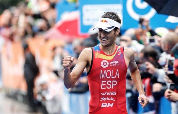 Mario Mola, campeón del mundo por segundo año consecutivo