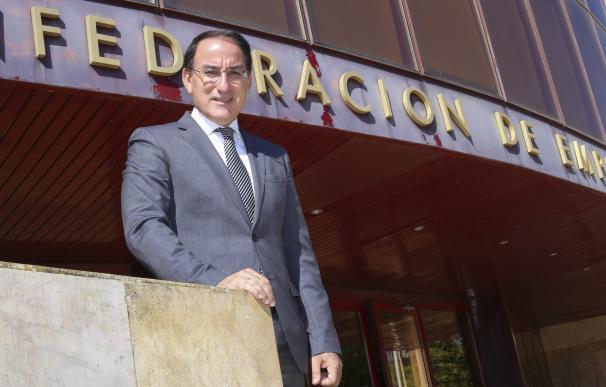 """Empresarios andaluces rechazan la """"deriva nacionalista"""" de Cataluña y piden unidad"""