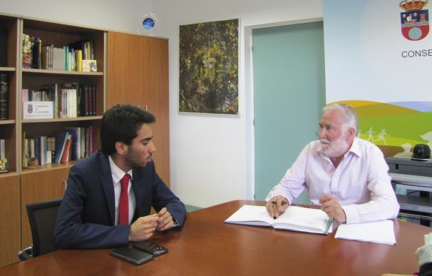 Educación estudia crear una mesa sectorial de estudiantes en Cantabria