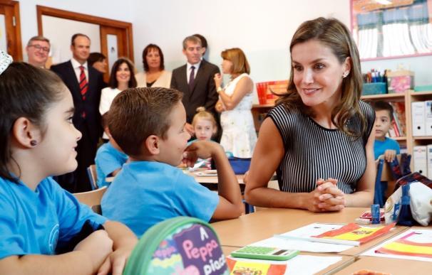 La Reina inaugura en Tenerife el curso escolar, que presenta un ligero incremento de alumnos, hasta los 8,15 millones