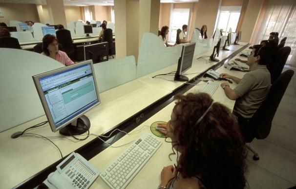 Los empleados del Call Center del Govern percibirán el complemento de antigüedad después de 14 años de reclamaciones