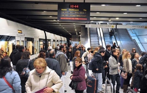 El metro de Valencia ofrece servicios mínimos del 50% y 70% durante los paros de este lunes, miércoles y viernes