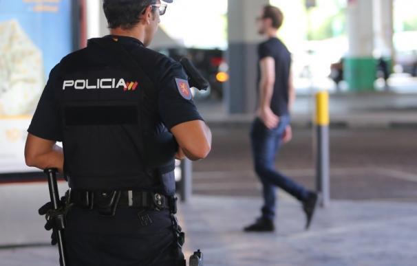 Siete detenidos del grupo delicitivo 'Black Axe' tras arrojar por el balcón a un hombre en un ajuste de cuentas