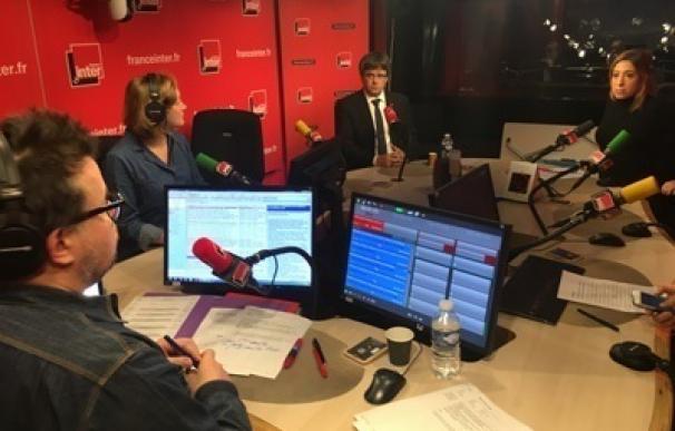 """Puigdemont tacha de """"inaceptable"""" que el Gobierno hable de violencia en Catalunya"""