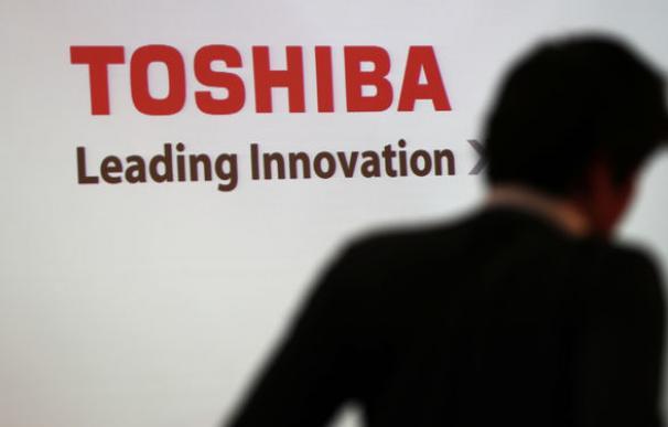 Toshiba vende su negocio de chips a la firma Bain Capital por 15.070 millones