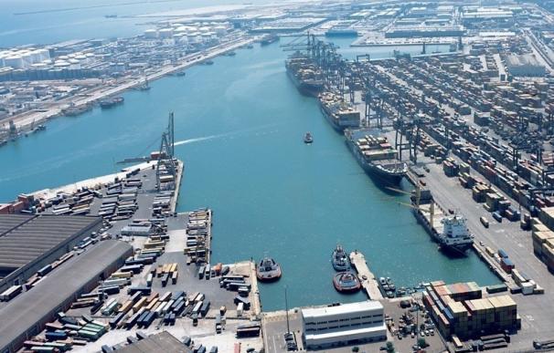 El Puerto de Barcelona organiza una jornada sobre prevención en la contaminación de suelos