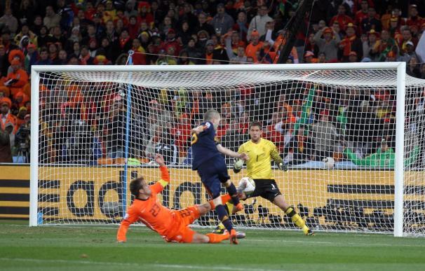 """Iniesta dice que el gol en la final de Sudáfrica fue """"la apoteosis de una vida"""""""