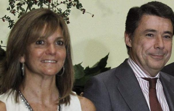 Lourdes Cavero junto a su marido