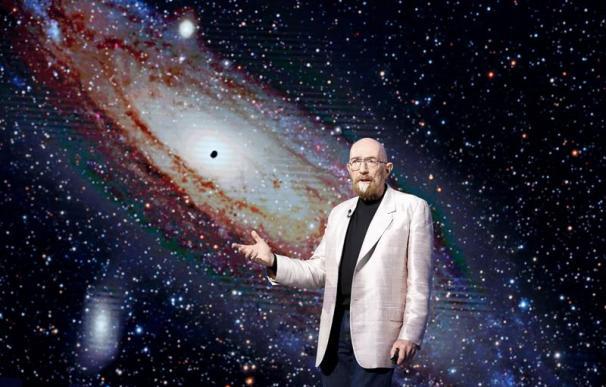 Tres científicos, galardonados con el Nobel de Física por su teoría de ondas gravitacionales
