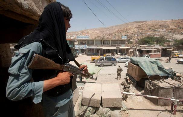 Una nueva jornada sangrienta en Afganistán deja al menos 36 muertos