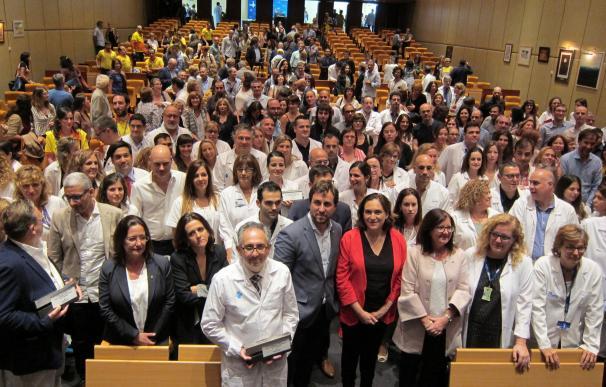 """La Generalitat, Barcelona y Cambrils reconocen la respuesta """"referente"""" de los sanitarios catalanes"""