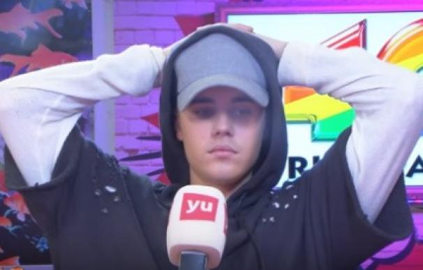 Justin Bieber antes de su huida de un programa de radio en Los 40 Principales