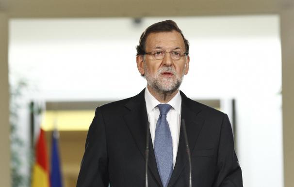 """Rajoy subraya que la candidatura del PP en Madrid """"no está encima de la mesa"""" y que ya hablará de ello """"en su día"""""""