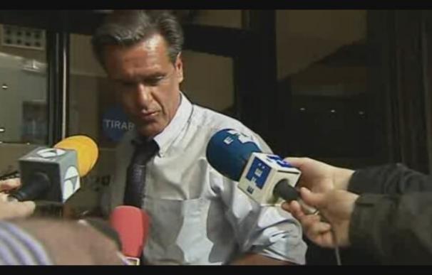 López Aguilar dice que son tiempos duros pero el PSOE volverá a estar a la altura