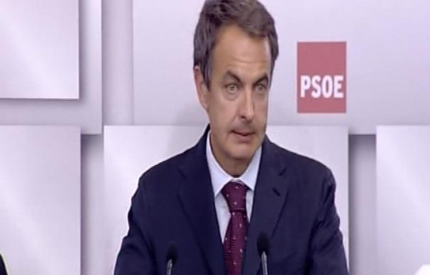 """Zapatero reconoce el """"retroceso amplio"""" del PSOE y descarta el adelanto electoral"""