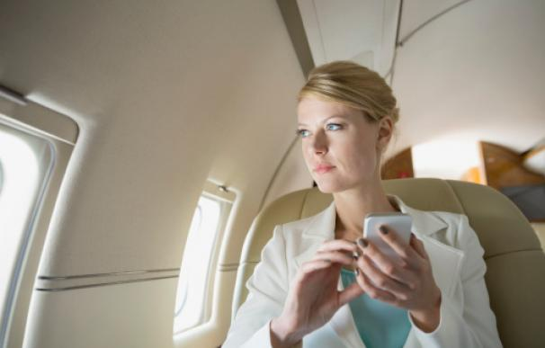 """""""No sé cómo decirle esto"""", le comentó el encargado a la mujer antes de entrar en el avión."""