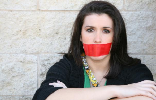 La mujer es madre de un niño de 15 años que siempre le acompaña a las manifestaciones contra el machismo.