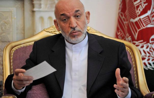 Son muchos los colaboradores de Karzai en la nómina de la CIA, según un diario