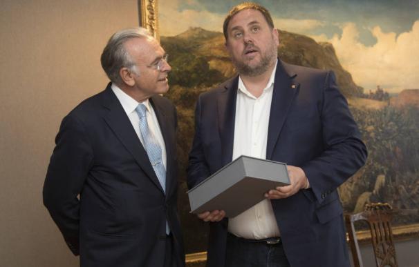 Isidro Fainé y Oriol Junqueras.