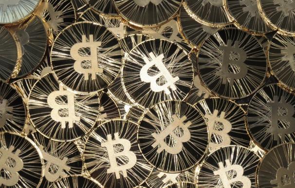 """Dimon (JP Morgan) advierte de que el bitcoin """"es un fraude"""""""