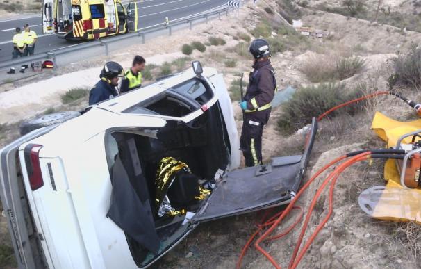 Un total de 17 heridos, uno de ellos hospitalizado, en los 9 accidentes ocurridos durante el fin de semana